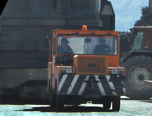 ATA 8700 4×4
